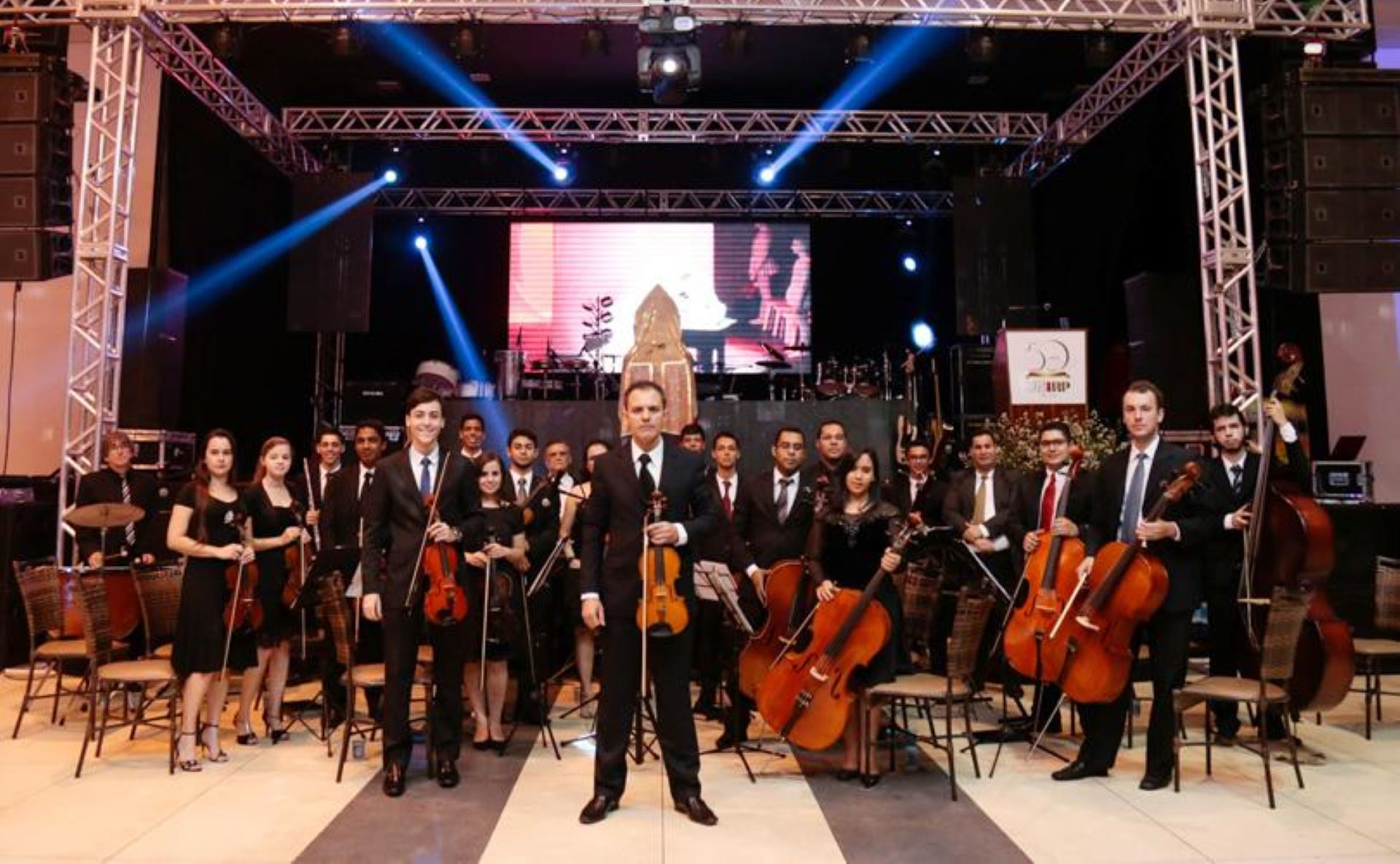Orquestra Rio Preto toca Beatles